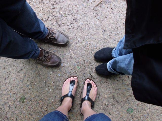 Met de blote voeten nog in de schoenen