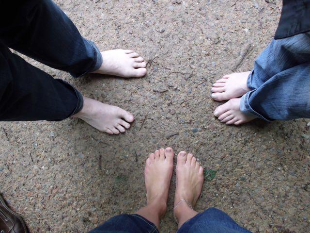 Hier zijn de blote voeten nog schoon