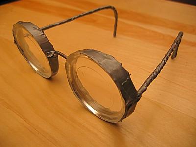 Afbouwen van bril of lenzen